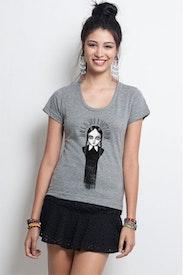Camiseta Wandinha