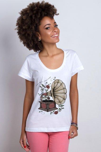 Camiseta Camiseta Meus Discos, Meus Amigos