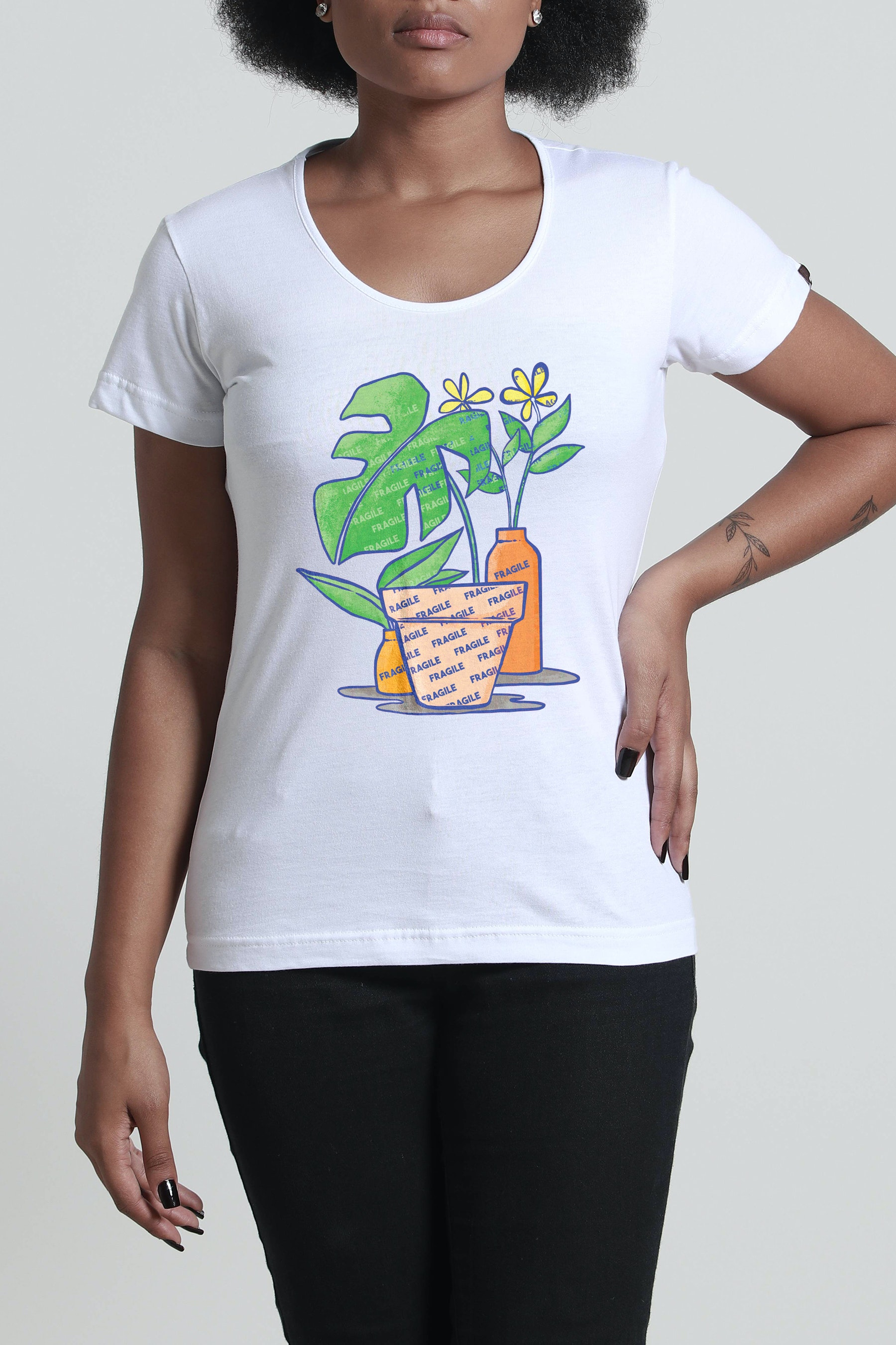 Camiseta Fragile