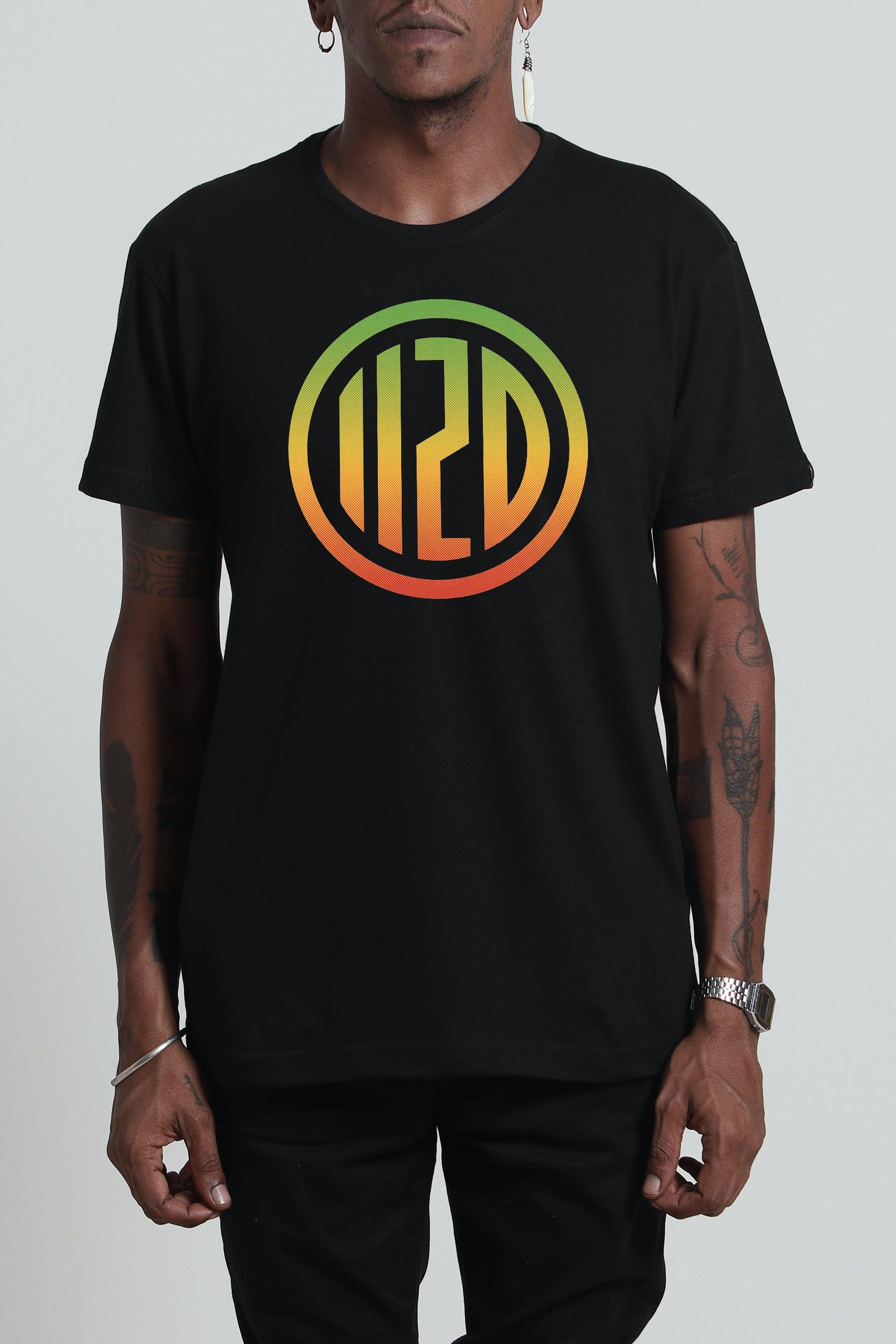 Camiseta Brasão Degradê