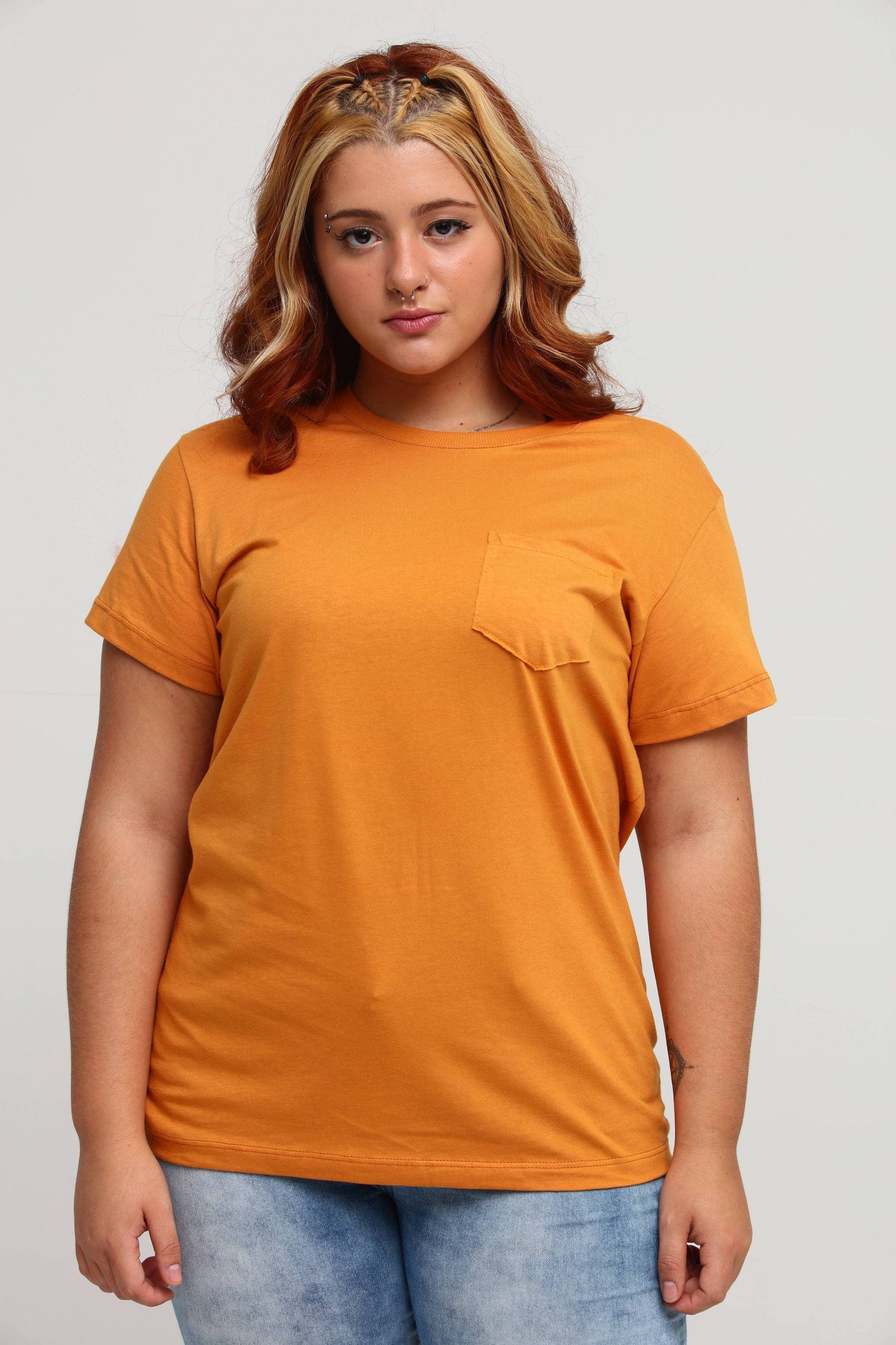 Camiseta Bolso Amarelo Âmbar