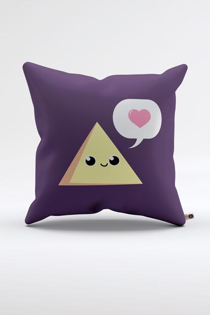 Oferta Almofada Triângulo Amoroso por R$ 59.9