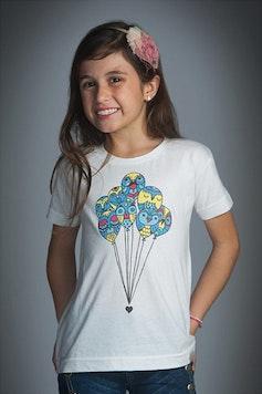 Camiseta Infantil Balões de Amor
