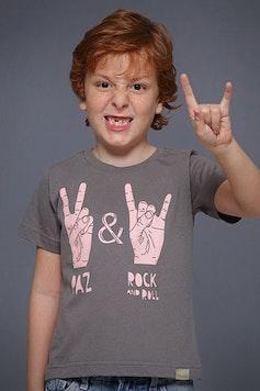 Camiseta Infantil Paz e Rock