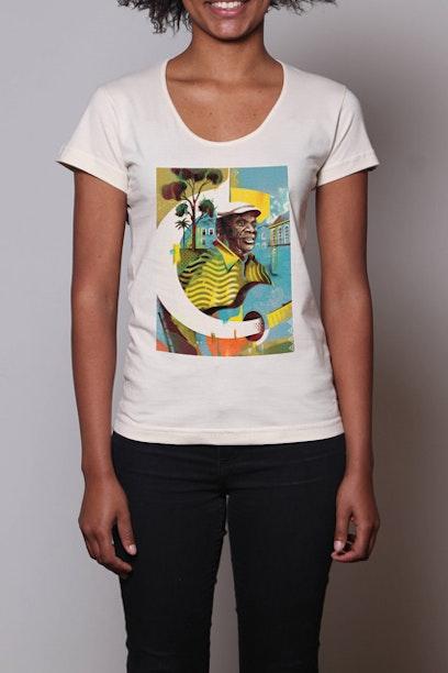 Camiseta Alfabeto Candeia