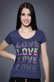 Camiseta Love Colors