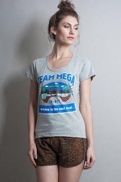 Camiseta Mega Team