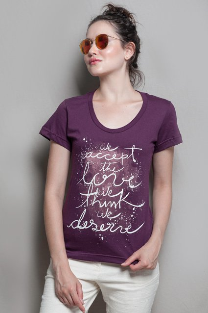 Camiseta Camiseta As Vantagens de Ser Invisível