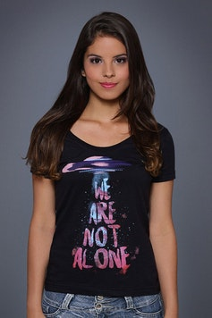Camiseta We Are Not Alone
