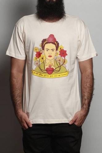 Camiseta Flores Pintadas