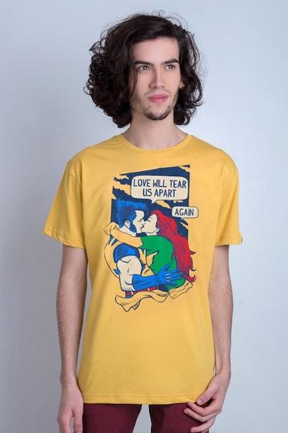 Camiseta Love Will Tear Us Apart