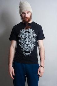 Camiseta Guardian Lion
