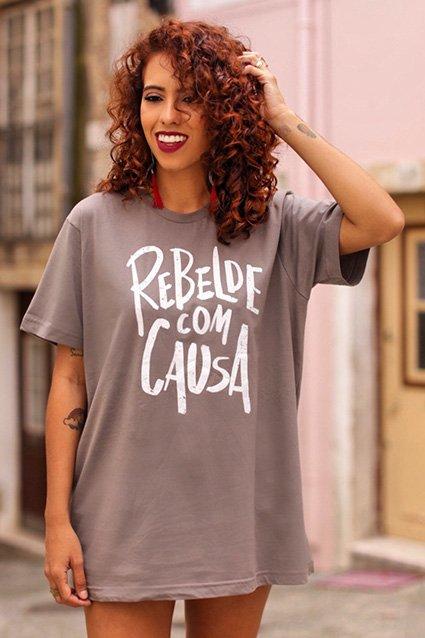 Camiseta Rebelde com Causa
