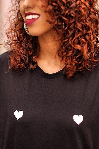 Camiseta Corações
