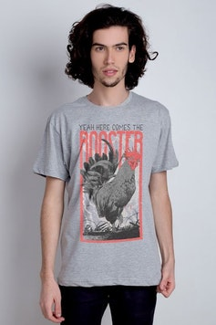 Camiseta Here Comes The Rooster