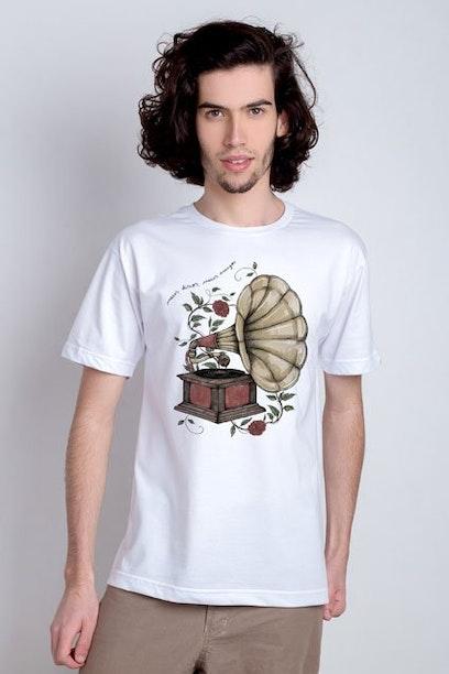 Camiseta Meus Discos, Meus Amigos
