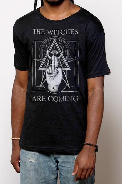 Camiseta Witches