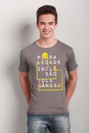 Camiseta Pluralidade