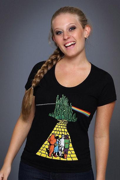 60bafbd045 Camiseta The Dark Side Of The Oz - Chico Rei