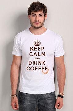 Camiseta Keep Calm and Drink Coffee