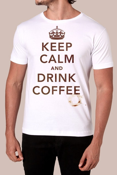 Camiseta Keep Calm And Drink Coffee - Chico Rei ba010cc2cbc