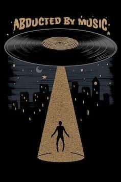 Estampa Camiseta Abducted by Music