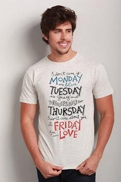 Camiseta Friday I'm in Love