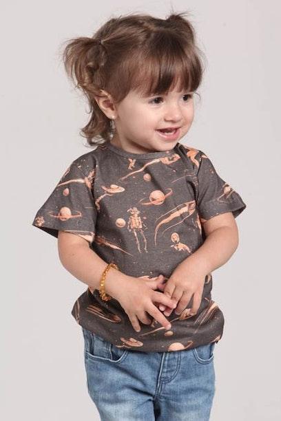 Camiseta Infantil Retrofuturism