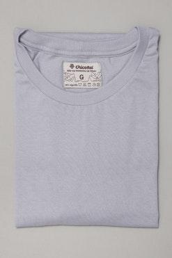 Camiseta Básica Cinza Prata R$59,90   4x de R$14,97