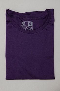 Camiseta Básica Roxo Púrpura R$59,90 | 4x de R$14,97