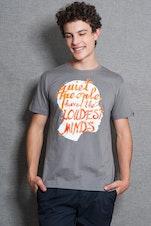 Camiseta Quiet People